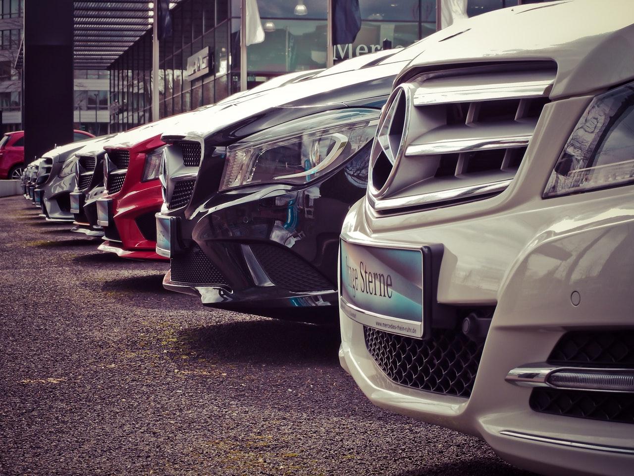 Elsker du teknologi og biler?